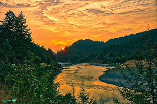 HDR-ROGUE RIVER SUNSET-5992WX3963H-2018-original.jpg © Cody Jacobson-ZEN MOUNTAIN MEDIA all rights reserved