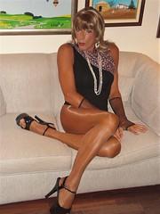 Karen (Karen Maris) Tags: tg tgirl tgurl karen legs transsexual transvestite transgender heels tranny trannie pantyhose tights highheels sheer blonde crossdress crossdresser