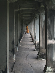 Infinity (hasor) Tags: siem reap cambodia southeastasia angkor wat temple old ancient monk buddhism buddhist perspective pillars arcade archway colonnade