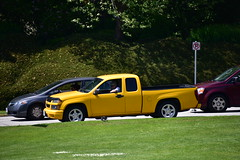 Chevrolet pickup truck (D70) Tags: chevrolet pickup truck driver his cell phone while waiting cross border usa