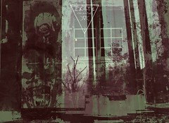 m e l a n c o l y ▼ v i n t 4 g 3 (EK4T3 COLLECTIVE) Tags: ek4t3 hypnosiswave materiaobscura artwork graphic dark obscure vintage colors triangle melancoly sad face magic experimental horror weird artma italy noise art