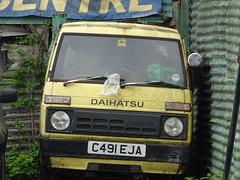1985 Daihatsu S70 (Neil's classics) Tags: vehicle 1985 daihatsu s70 van abandoned
