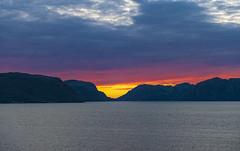 Sunset in the Lysefjord / Закат в Люсе-фьорде (dmilokt) Tags: море sea закат восход рассвет sunset sunrise вода water небо sky облако cloud dmilokt