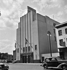 Radio station WWJ in Detroit, Michigan. August 1942 (polkbritton) Tags: arthursiegel 1940s vintagecars classiccars architecture artdeco streamlinemoderne detroithistory michiganhistory fsaowi libraryofcongresscollections