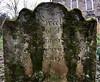 Memory of T (Rhisiart Hincks) Tags: castlehead mynwent cladh graveyard paisley pàislig bedd uaigh grave moss mwsogl còinneach