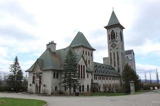 Abbaye St-Benoit-du-Lac / St-Benoit-du-Lac Abbey