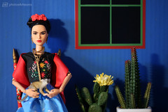 frida kahlo (photos4dreams) Tags: room roombox raum design cardboard karton 3d diorama photos4dreams p4d photos4dreamz fridakahlo barbie collectors doll puppe home haus casaazul regularlifeinthedollhouse toy dress mattel barbies girl play fashion fashionistas outfit kleider mode puppenstube tabletopphotography artist künstlerin celebrity paintings bilder malerei mexikanisch mexican southamerica südamerika