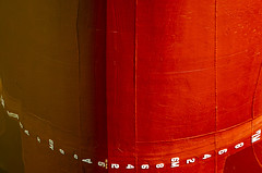 Zahl_1.jpg (LeSzal) Tags: rot red anker schiff zahl odbicie spiegelung wasser