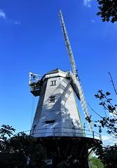2018 0510 567 (SGS8+) Shipley; windmill (Lucy Melford) Tags: samsunggalaxys8 shipley windmill belloc