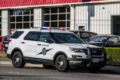 Washington State Patrol On Scene of Vehicle vs Motorcycle Crash 05/16/18 (andrewkim101) Tags: bothell wa snohomish county washington state patrol wsp ford police interceptor utility suv
