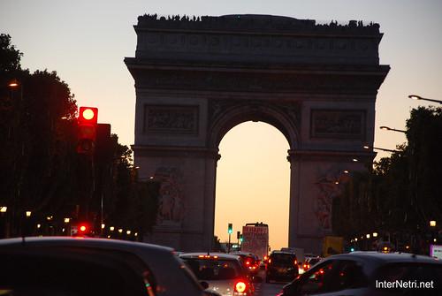Париж, Єлісейські поля InterNetri  France 020