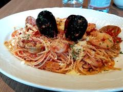 Seafood Spaghetti (:Dex) Tags: spaghetti seafood shrimp mussel food yummy clam tomato penang