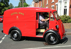 Morris J mail van  SLO234 Colne Rd (kitmasterbloke) Tags: povc postoffice royalmail vehicle historic red halstead essex uk outdoor museum transport post