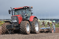 Case IH Puma 175 CVX Tractor with a Lemken 5 Furrow Plough (Shane Casey CK25) Tags: ih puma 175 cvx tractor lemken 5 furrow plough red cnh casenewholland case traktor traktori trekker tracteur trator ciągnik ploughing turn sod turnsod turningsod turning sow sowing set setting tillage till tilling plant planting crop crops cereal cereals county cork ireland irish farm farmer farming agri agriculture contractor field ground soil dirt earth dust work working horse power horsepower hp pull pulling machine machinery nikon d7200