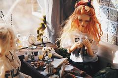 Croissants III (AzureFantoccini) Tags: bjd doll dollhouse abjd balljointeddoll miniature interior diorama sd13 spring sun cafe croissant tea food stilllife chloe supia jiin emon ozin5 granado hybrid