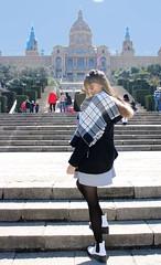 the tourist (crisherrera5) Tags: barcelona model girl spain gente arbol