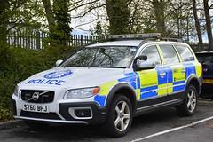 SY60 BHJ (S11 AUN) Tags: police scotland volvo xc70 d5 abnormal load escort vehicle traffic car drpu divisional roads policing unit anpr rpu 999 emergency qdivision sy60bhj