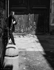 cucù (alessandrochiolo) Tags: sicilia street siciliabedda sicily streetphoto streetphotografy streetphotography biancoenero bw bn blackandwhite fujifilm fuji palermo people