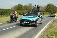 Madison Genesis Team Car (Steve Dawson.) Tags: tourdeyorkshire mens cycle race bikes stage1 beverleytodoncaster breakaway skidby yorkshire england uk canoneos50d canon eos 50d ef28135mmf3556isusm ef28135mm f3556 is usm 3rd may 2018