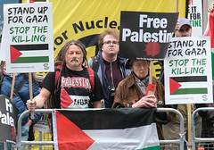 Stop the killing. Stand up for Gaza. (alisdare1) Tags: palestine palestinesolidarity gaza palestinians westbank israel israelicrimes idf psc bds righttoreturn zionism israeliembassy london protest demonstration rally demo israeliapartheid occupation nakba greatreturnmarch siegeofgaza freepalestine humanrights