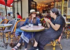 2018-05-09   Paris - Les têtes brûlées - 21 rue Turbigo - Rue Saint-Denis (P.K. - Paris) Tags: paris mai 2018 may people candid street café terrasse terrace