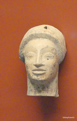 Aiani Museum, Votive Terracotta head, (4).JPG (tobeytravels) Tags: macedon macedonia alexanderthegreat alexandrthe3rd votive gravegoods clay figurine