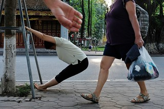 Workout outside, HoanKiem Lake, Hanoi 5.2018
