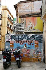 València Arte Urbano Graffiti 56 (Kiko Colomer) Tags: kikocolomer franciscojosecolomerpache arte urbano graffiti valencia valence ciudad calle pintura city rue street francisco colomer pache kiko corona