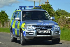 EU66 JGO (S11 AUN) Tags: ministryofdefence police mod scotland fife mitsubishi shogun 4x4 anpr armed response arv fsu firearmssupportunit roads policing unit rpu 999 emergency vehicle eu66jgo