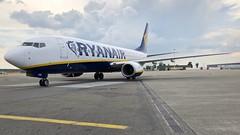 EI-EVF (Breitling Jet Team) Tags: eievf ryanair modlin jest ok euroairport bsl mlh basel flughafen lfsb