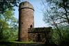 Alter Turm / Old Tower (R.O. - Fotografie) Tags: hugenottenturm bad karlshafen turm tower old alt ruine ruin wald forest hessische klippen rofotografie panasonic lumix dmcfz1000 dmc fz1000 fz 1000 outdoor