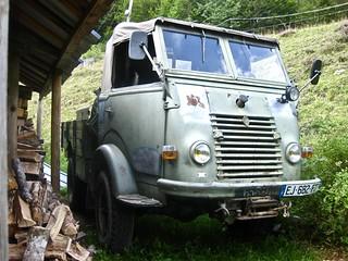 1957 RENAULT R 2087 4X4 Truck