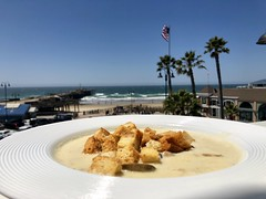 Clam Chowder Inn at the Pier, Pismo Beach, California (Nancy D. Brown) Tags: innatthepier pismobeach california clamchowder newenglandclamchowder clams soup chowder blonderestaurant roomservice