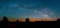 Milky Way over Monument Valley (M Lang) Tags: nacht night utah milkyway landscape landschaft nature stars nightphotography outdoor star indian navaho milchstrasse arizona monumentvalley sterne usa mountain oljatomonumentvalley us schlucht