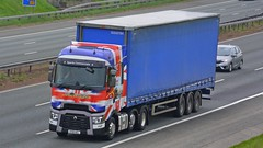 HY18 AEL (panmanstan) Tags: renault range wagon truck lorry commercial freight transport haulage vehicle a1m fairburn yorkshire