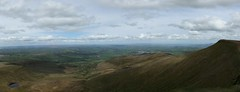 pen y fan panorama 4 (bascat) Tags: bascat bas canon 24mm brecon beacons panoramic landscape