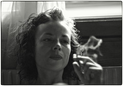 CHRISTELLE GEISER & AEON VON ZARK / NAKED EYE PROJECT BIENNE (AEON VON ZARK) Tags: nakedeyeproject natural nakedeyeprojectbienne noiretblanc christellegeiserbienne chambre monochrome shooting skinny sensual sexy sun summer smoking angles