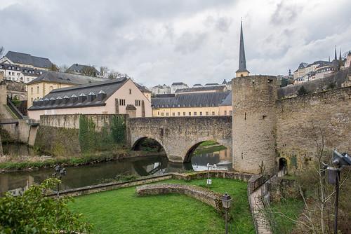 Luxembourg, Grund