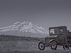 Antique Car Mountain 8918 C (jim.choate59) Tags: jchoate on1pics rust antique car auto jalopy mountain blackandwhite monochrome oregon culveroregon landscape d610 bw mtwashington centraloregon