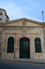 Sea Water Distilling 1881 [Sliema - 25 April 2018] (Doc. Ing.) Tags: 2018 malta sliema tassliema building architecture door window dwwg oldnewwindowsdoors distillery