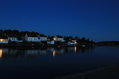 Havsøysund (daniel6692) Tags: norway norge night ndfilter longexposure ocean sea sky building house sørlandet arendal austagder canon 1740mm