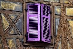An old window (Anavicor) Tags: arquitectura casa house ventana window old antiguo timberedhouse colmar alsace alsacia france francia nikon d5300 tamron16300mm anavilar anavicor villarana wood madera windowwednesday