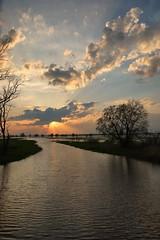 *** (pszcz9) Tags: przyroda nature natura pejzaż landscape zachódsłońca sunset woda water rzeka river ujściewarty parknarodowy nationalpark wartamouth beautifulearth sony a77 wiosna spring