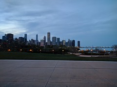 Skyline (ancientlives) Tags: chicago illinois il usa travel trips lights nights vista landscape skyline city cityscape tuesday may 2018 spring walking streetphotography museumcampus fieldmuseum