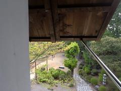 Castle window2 _orig_LG (Hazbones) Tags: iwakuni yamaguchi yokoyama castle kikkawa suo chugoku mori honmaru ninomaru demaru wall armor samurai spear teppo gun matchlock map ropeway