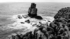 Peniche (The eclectic Oneironaut) Tags: 2018 6d canon eos portugal peniche leiria pt black white sea mar shore costa erosion foam espuma