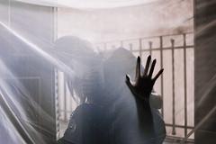 Centimeter // Centimetro (Kathy Chareun) Tags: hand mano shadow sombra silueta silloutte white blanco tex tela light luz centimeter centimetro fingers dedos day dia art arte fineart ps photoshop lr lightroom woman mujer femme girl chica dress vestido mystery misterio suspense suspenso utopia autoretrato autorretrato selfportrait