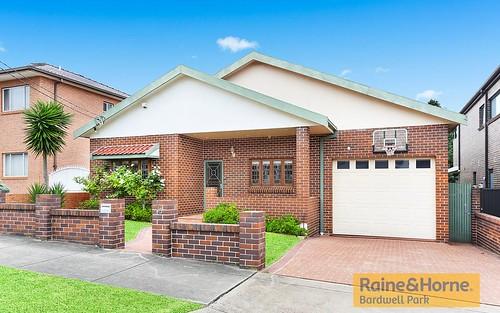 15 Marana Rd, Earlwood NSW 2206