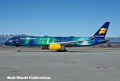Icelandair B757-256(WL) TF-FIU (planepixbyrob) Tags: iceland icelandair boeing 757 tffiu mystopover nikon yvr vancouver vancity aurora