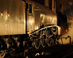 GWS 73986cr (kgvuk) Tags: gws didcot didcotrailwaycentre unionofsouthafrica 60009 a4 pacific 462 steam locomotive engine train railway lner br britishrailways flyingscotsman 60103 a3 4472 nightphotography